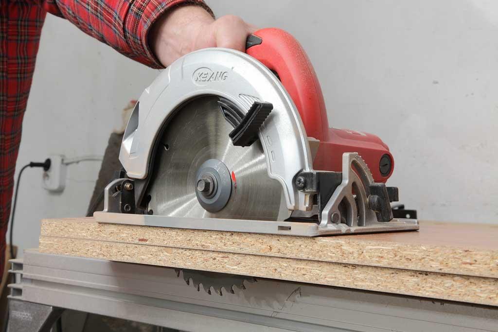 máy cưa gỗ đa năng