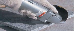 Vỏ máy được chế tạo cứng cáp chống chịu va đập