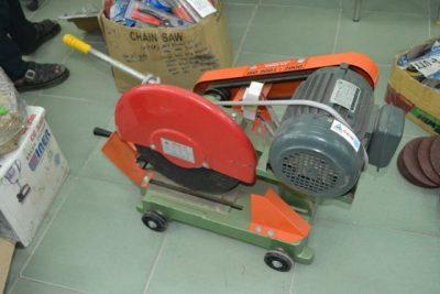 Nên chọn máy cắt sắt dùng dây curoa hay motor